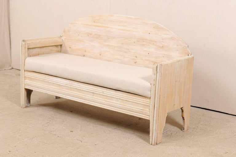 Early 19th Century Swedish Sofa Bench with Nicely Arched Back on Bracket Legs 4