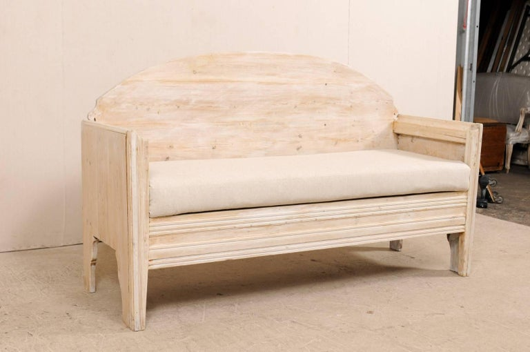 Early 19th Century Swedish Sofa Bench with Nicely Arched Back on Bracket Legs 3