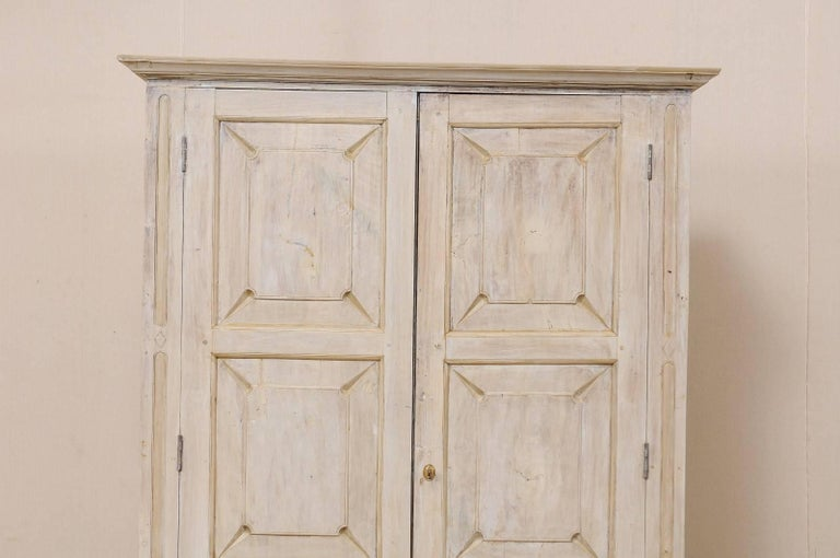 Carved Single Two-Sided Early 20th Century British Colonial Two-Door Painted Cabinet For Sale