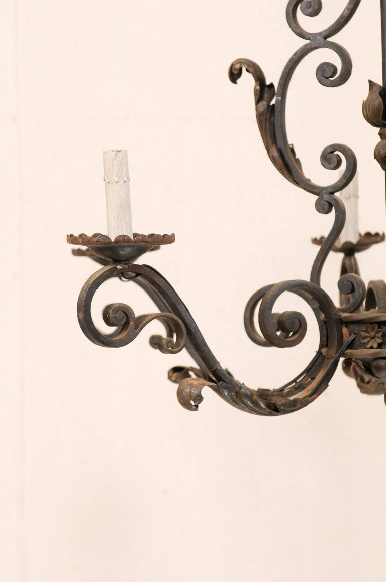 French Mid-20th Century Scrolled Iron Chandelier with Six Lights For Sale 1