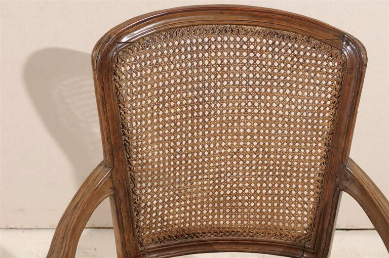 Pair of Italian 18th Century Wooden Armchairs For Sale 1