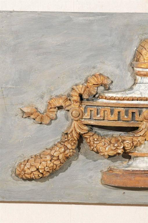 A Pair of Italian 19th Century Painted Wood Wall Decorations with Carved Urns For Sale 2