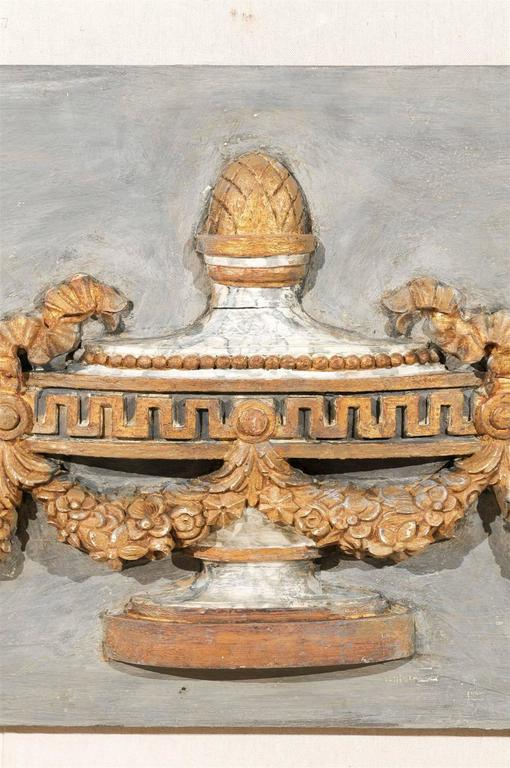 A Pair of Italian 19th Century Painted Wood Wall Decorations with Carved Urns For Sale 3
