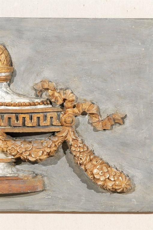 A Pair of Italian 19th Century Painted Wood Wall Decorations with Carved Urns For Sale 4