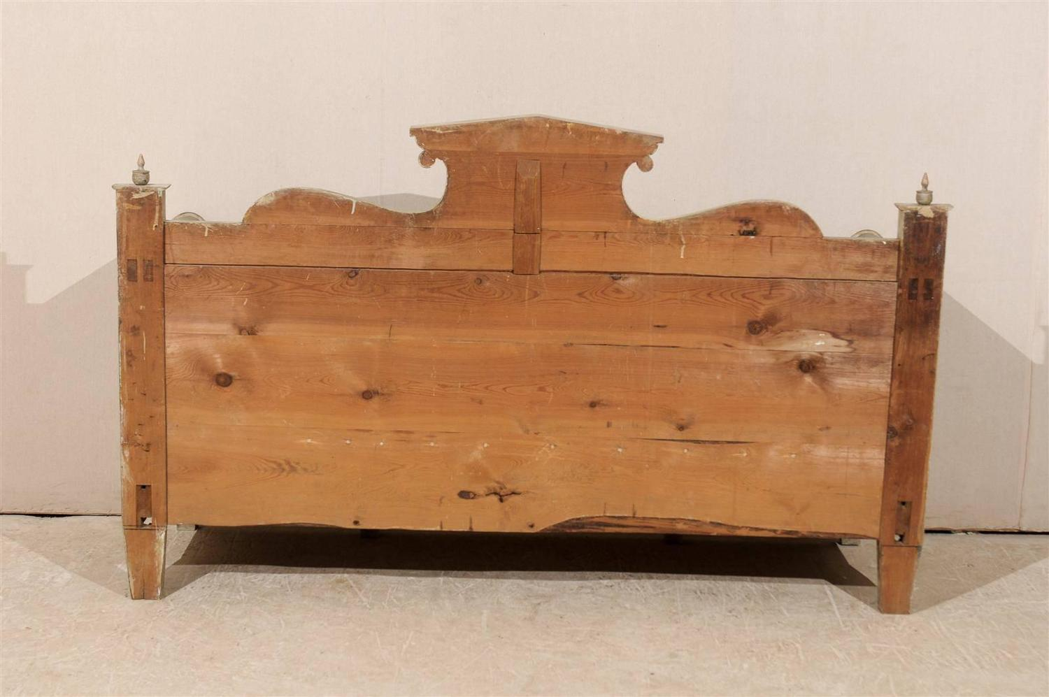 Swedish Period Karl Johan Painted Wood Bench Mid 19th Century At . Full resolution  snapshot, nominally Width 1500 Height 997 pixels, snapshot with #23140A.