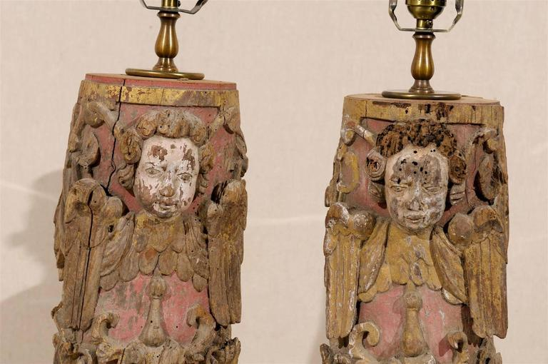 Pair of Portuguese 18th Century Painted Wood Table Lamps with Angel Depiction For Sale 2