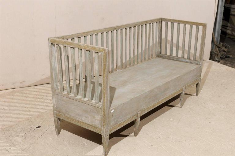 Swedish Period Gustavian Painted Wood Bench from the Late 18th Century In Good Condition For Sale In Atlanta, GA