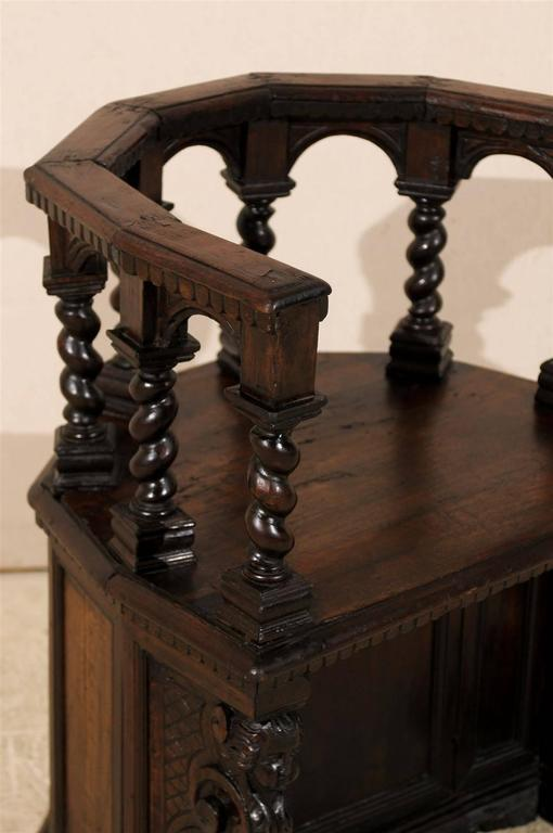 18th Century and Earlier 18th Century Italian Wooden Carved Round about Chair For Sale