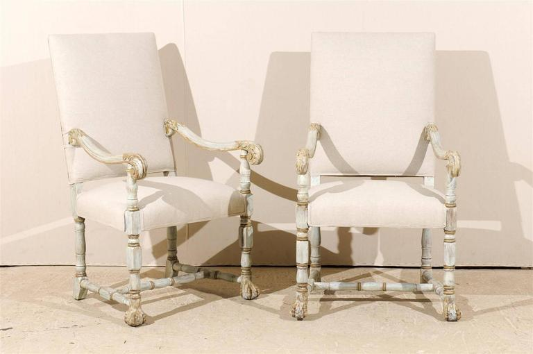 A Pair of French Louis XIV Style Armchairs / Fauteuils, Light Grey Painted Wood 2
