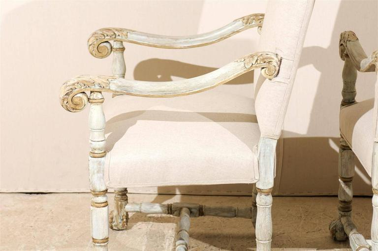 A Pair of French Louis XIV Style Armchairs / Fauteuils, Light Grey Painted Wood For Sale 4