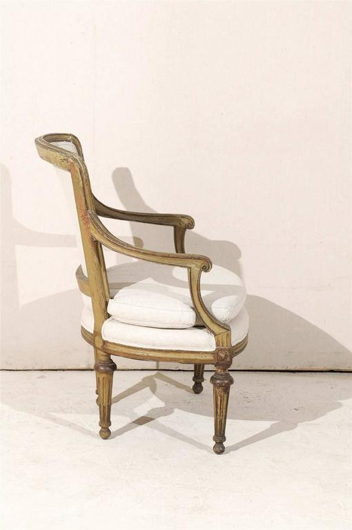 Single French Louis XVI Style Painted Wood Fauteuil with Rosettes on the Knees For Sale 1