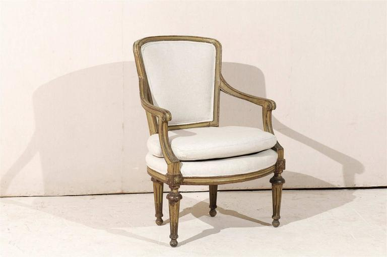 Single French Louis XVI Style Painted Wood Fauteuil with Rosettes on the Knees For Sale 5