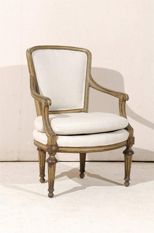 Single French Louis XVI Style Painted Wood Fauteuil with Rosettes on the Knees For Sale 6