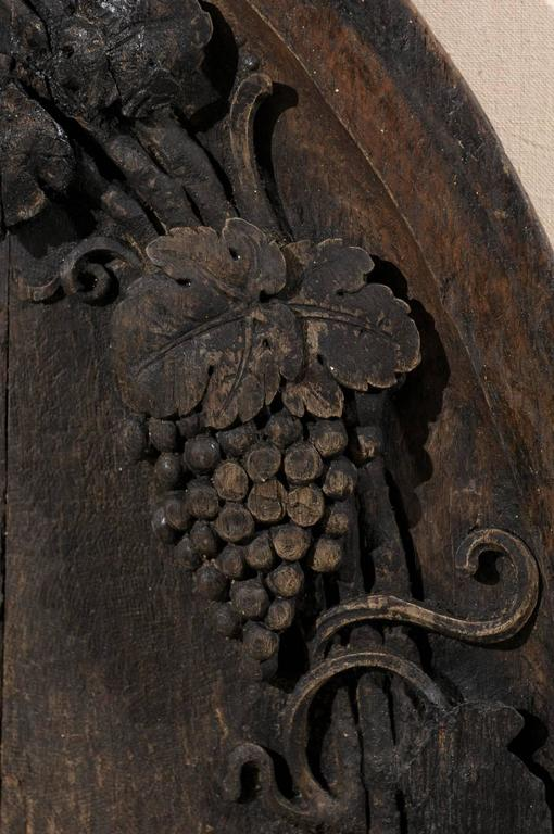 A French 19th Century Hand-Carved Wooden Wine Cellar Plaque with Grape Vines For Sale 4