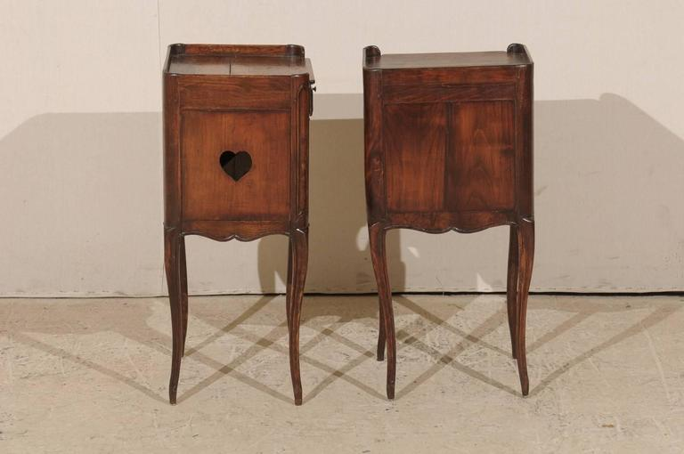 19th Century Pair of French Stained Wood Side Tables or Nightstands in Warm Cabernet Mahogany For Sale