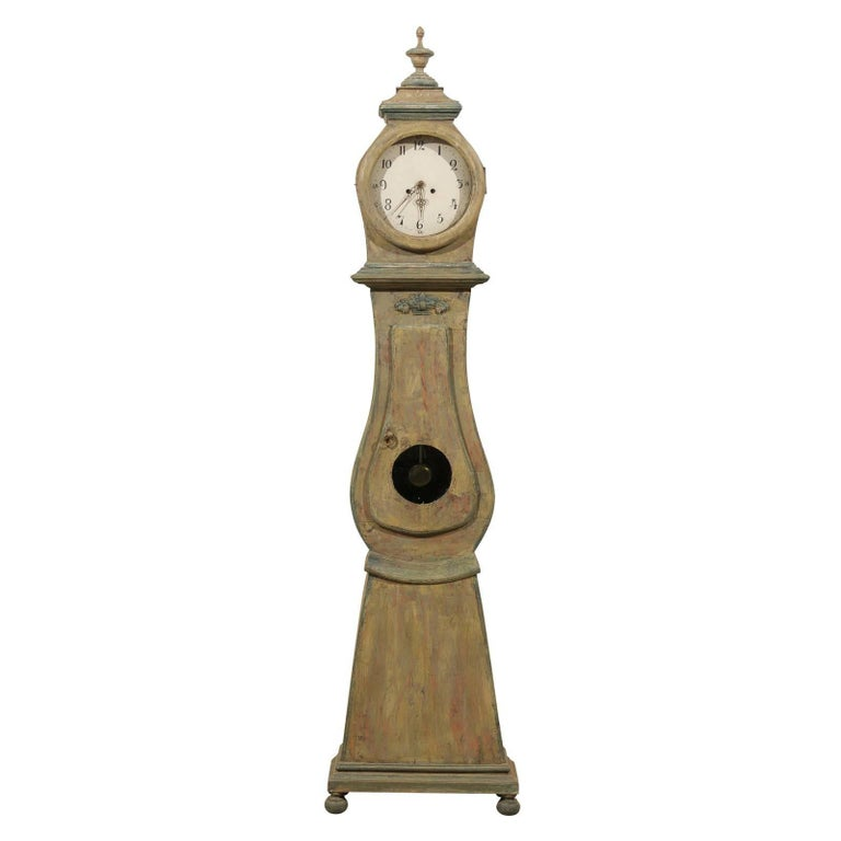Swedish 19th Century Wood Long Case/Floor Clock in Taupe, Grey and Green Colors For Sale
