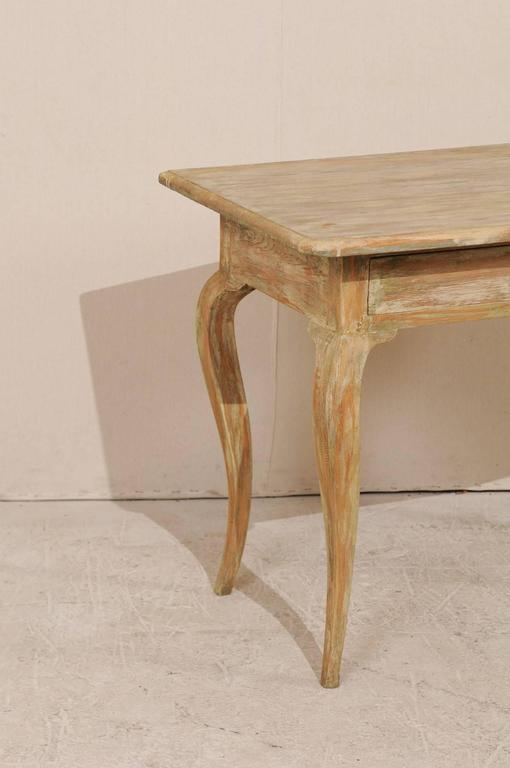 Period Rococo Painted Wood Side Table From The 18th Century With Cabriole  Legs In Good Condition