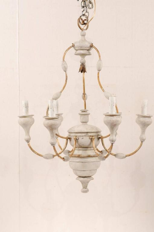 Turned Italian Light Colored Painted Wood and Metal Chandelier with Gold Accents For Sale