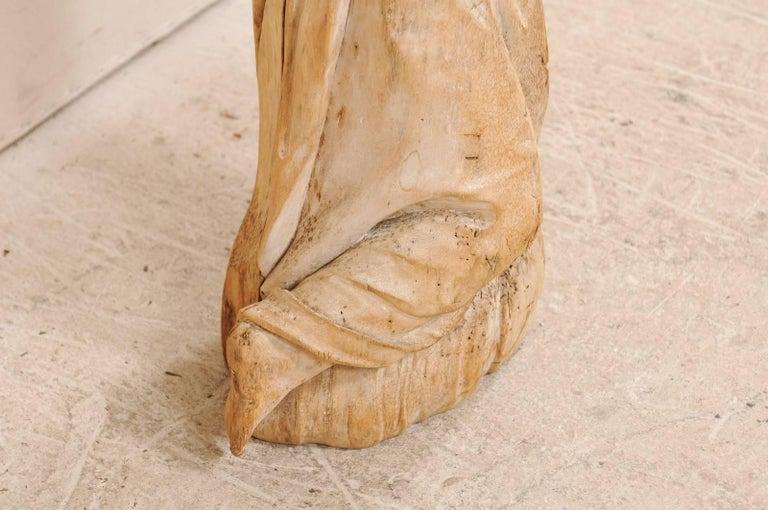 18th Century Carved Wood Female Figure Kneeling in Prayer For Sale 2