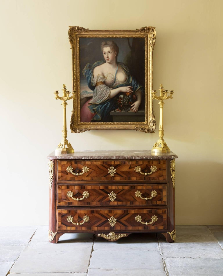 Unusual Early 18th Century Lignum Vitae or Gaïac Bow Fronted Commode 9