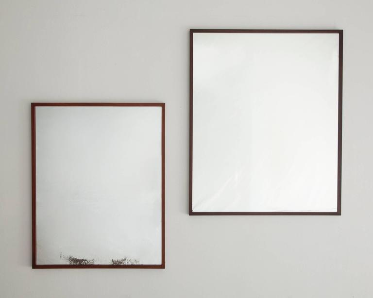 Mirror in jacaranda by Joaquim Tenreiro, Brazil, 1950s In Excellent Condition For Sale In New York, NY