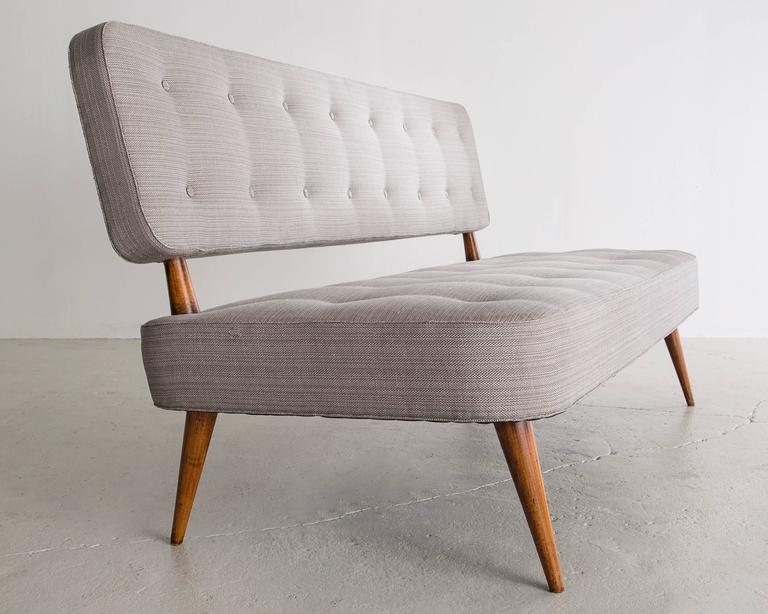 Sofa with Jacaranda Frame and Upholstery by Joaquim Tenreiro, Brazil, 1950s In Excellent Condition For Sale In New York, NY