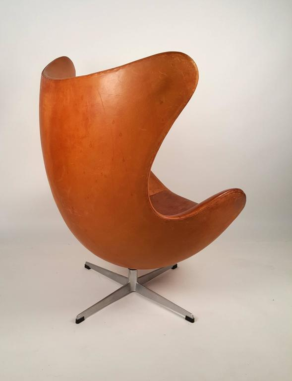 Egg Chair Cognac.Arne Jacobsen Cognac Leather Egg Chair And Ottoman For Fritz