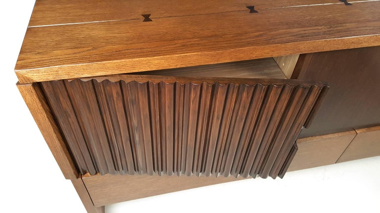 Oak & Walnut Credenza with Butterfly Joinery by Harold Schwartz for Romweber  In Excellent Condition For Sale In Dallas, TX