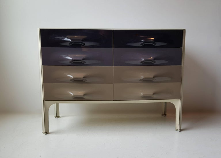 Raymond Loewy DF-2000 Chest of Drawers 4