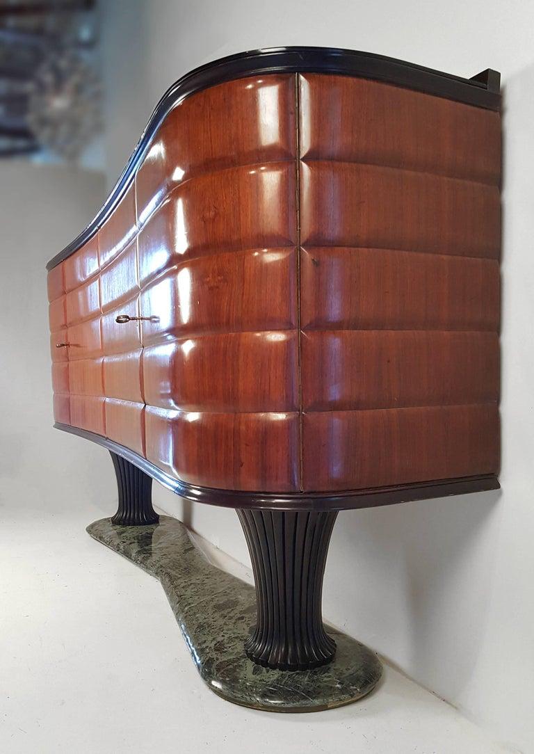 Italian Modernist Credenza by Vittorio Dassi for Dassi Mobili Moderni In Good Condition For Sale In Dallas, TX