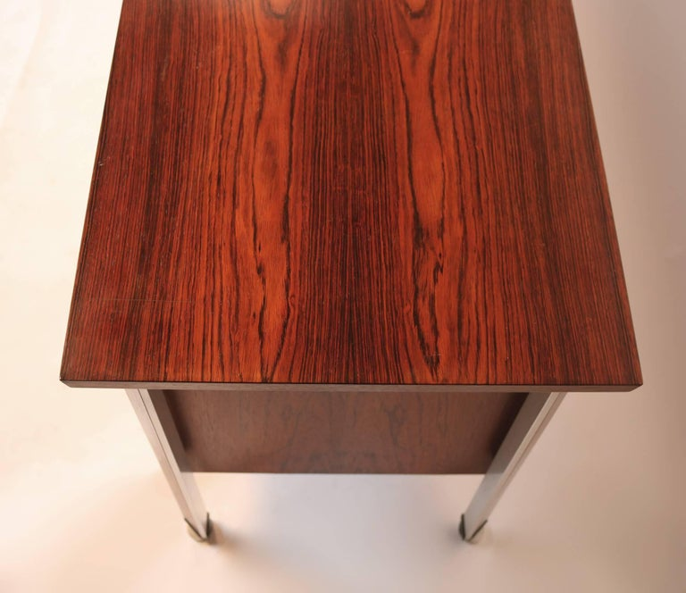 Finn Juhl Diplomat Cabinet with Floating Bookmatched Brazilian Rosewood Top For Sale 2