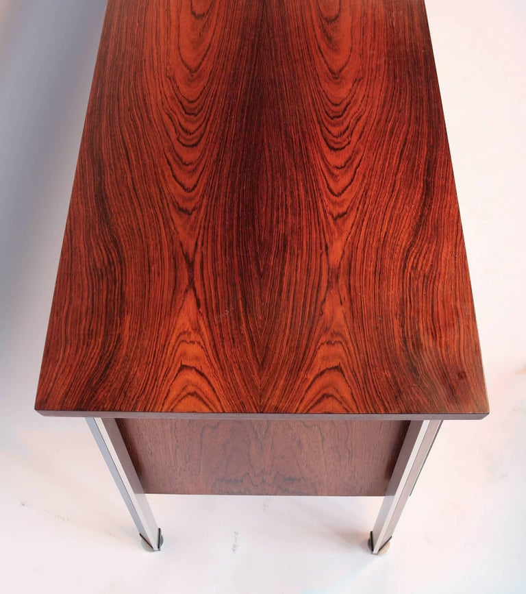 Finn Juhl Diplomat Cabinet with Floating Bookmatched Brazilian Rosewood Top For Sale 1