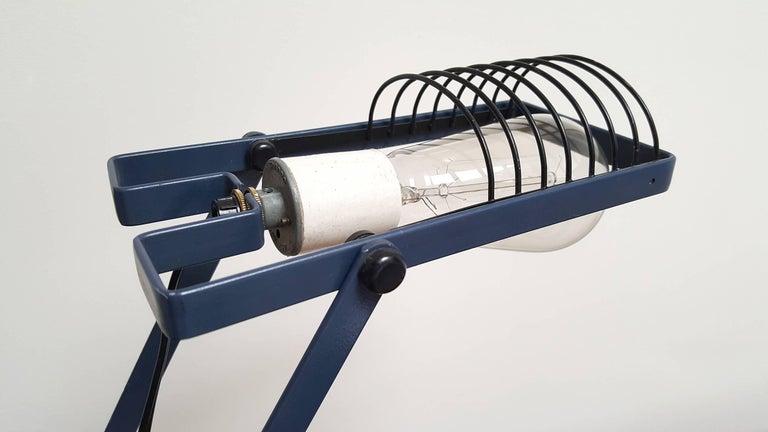 Mid-Century Modern Sintesi Desk Lamp by Ernesto Gismondi for Artemide For Sale