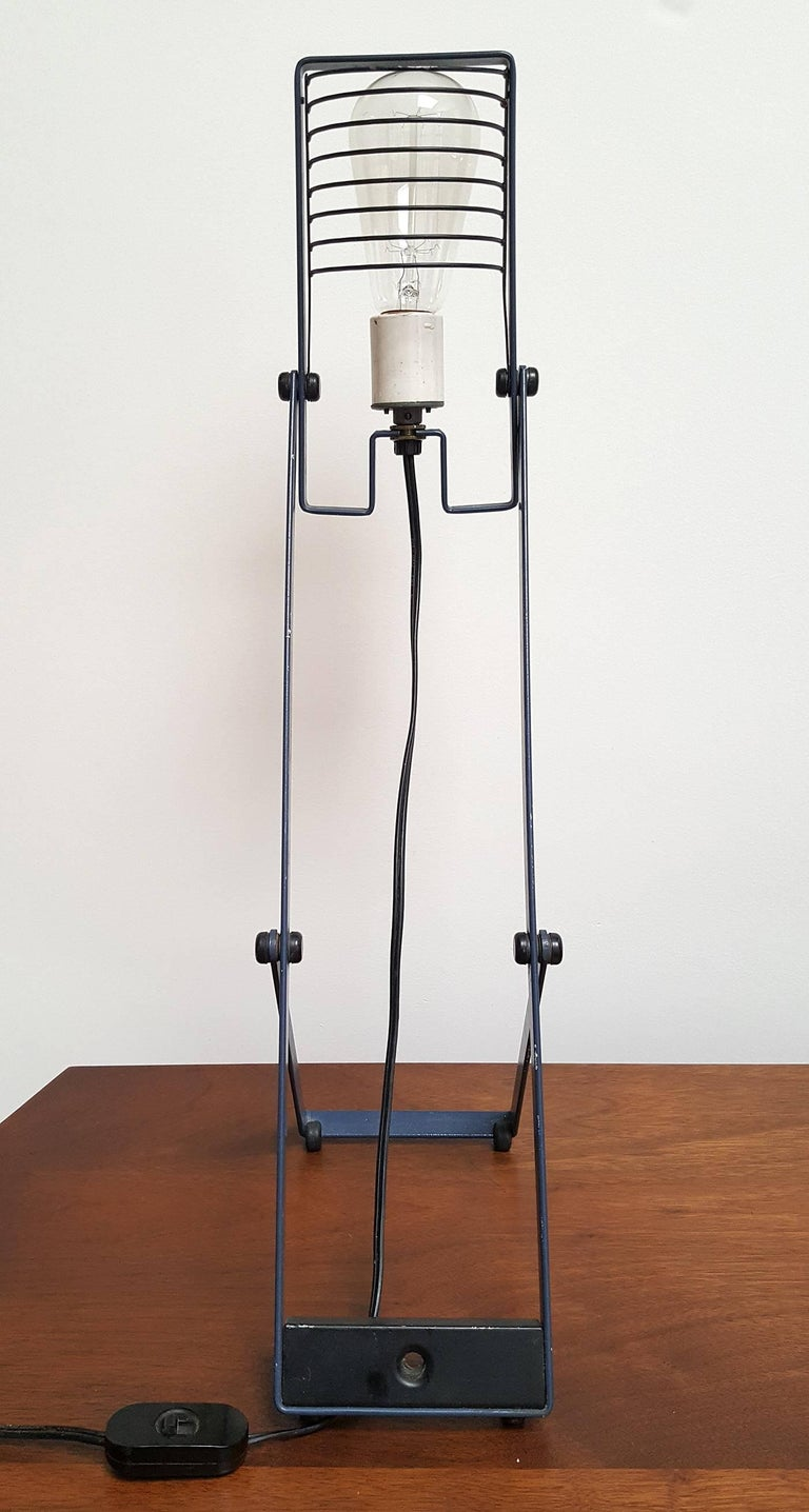 Sintesi Desk Lamp by Ernesto Gismondi for Artemide In Good Condition For Sale In Dallas, TX