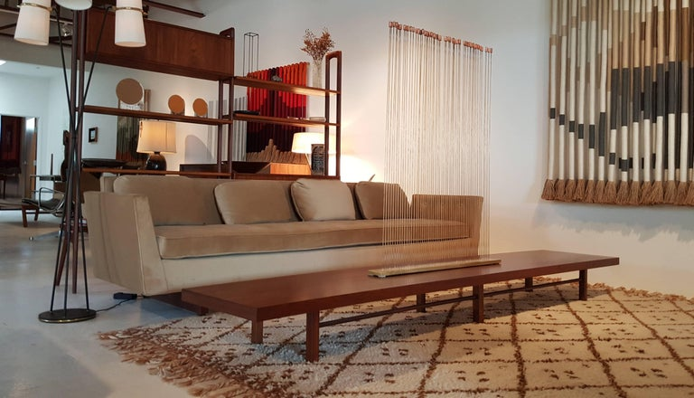 Mid-Century Modern Milo Baughman for Thayer Coggin Walnut Bench or Coffee Table For Sale
