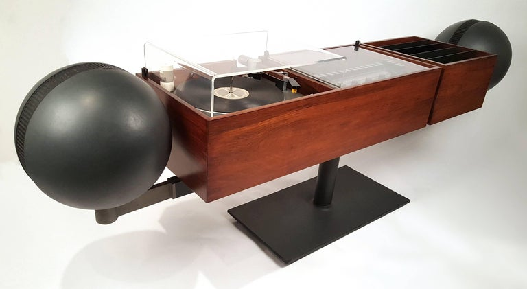 """""""Project G epitomized high design, pure form, the perfection of how sacred platonic geometry can bring our banal, everyday products to a higher spiritual art form. It set the trend for stereo equipment to become a composition of extreme pure form,"""