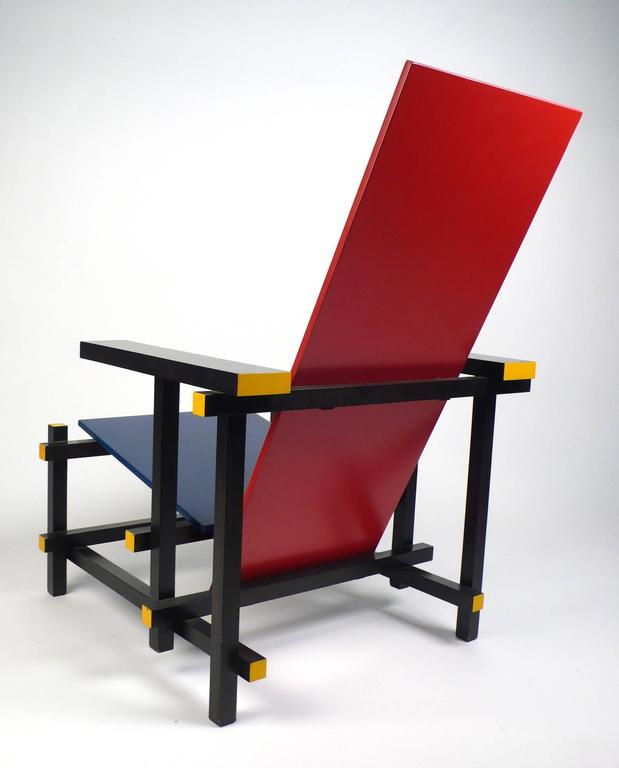 Italian Vintage Gerrit Rietveld Chair Produced under License by Cassina For Sale