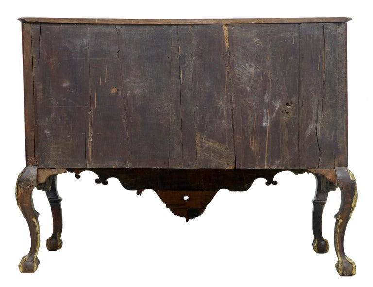 18th Century Portuguese Carved Walnut and Gilt Commode For Sale 2