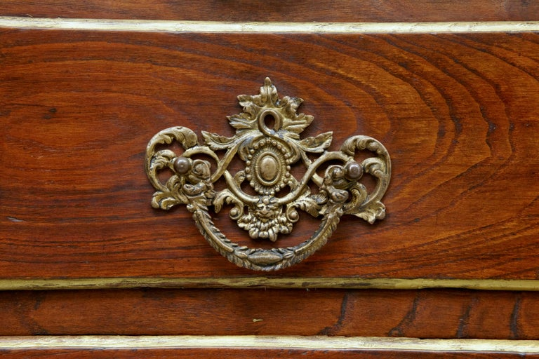 18th Century Portuguese Carved Walnut and Gilt Commode For Sale 5