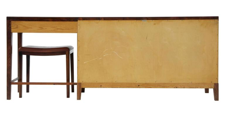 1960s Danish Design Rosewood Dressing Sideboard by Frode Holm In Good Condition For Sale In Debenham, Suffolk