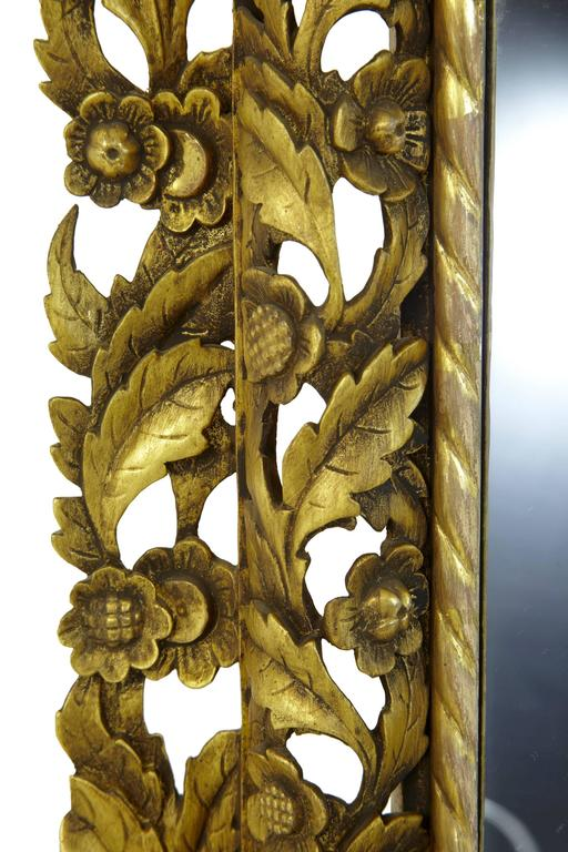 Magnificent Early 20th Century Carved Wood Baroque Influenced Cushion Mirror For Sale 3