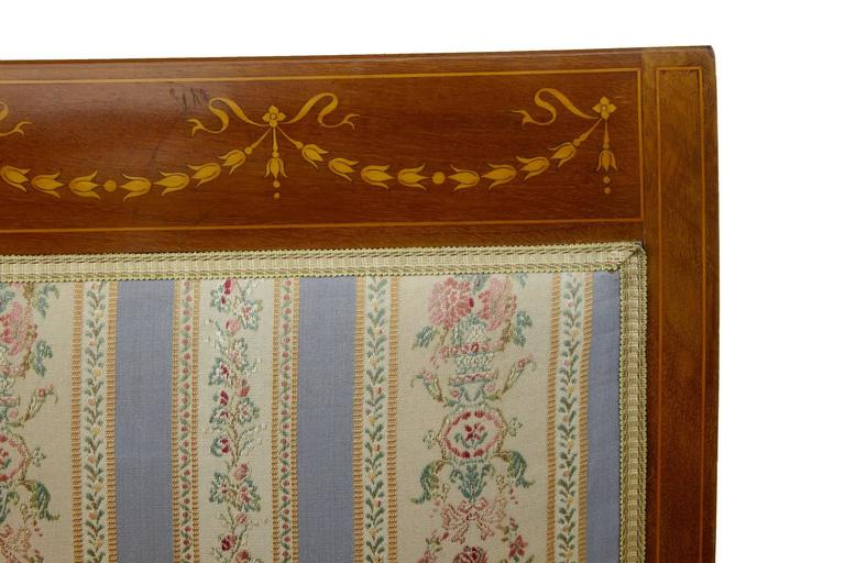 Early 20th Century Inlaid Mahogany Three-Piece Salon Suite For Sale 1