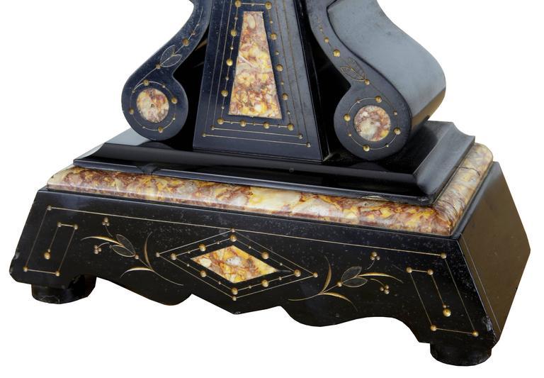 Viktorianische Garnitur aus Marmor 19. Jahrhundert 7