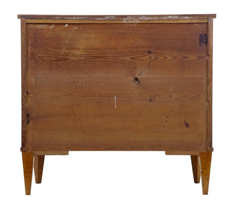 Hohe Qualität, 19. Jahrhundert, Birken-Kommode mit Schubladen 4