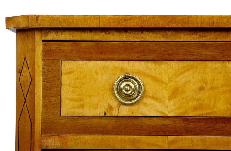 Hohe Qualität, 19. Jahrhundert, Birken-Kommode mit Schubladen 7