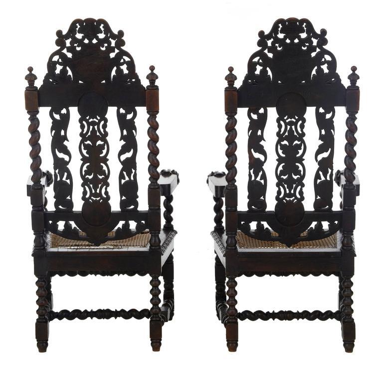 Paar aus Eichenholz geschnitzte barocke Thron-Stühle, 19. Jahrhundert 3