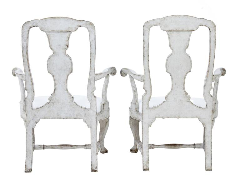 Gustavian Pair of 19th Century Painted Swedish Decorative Armchairs For Sale