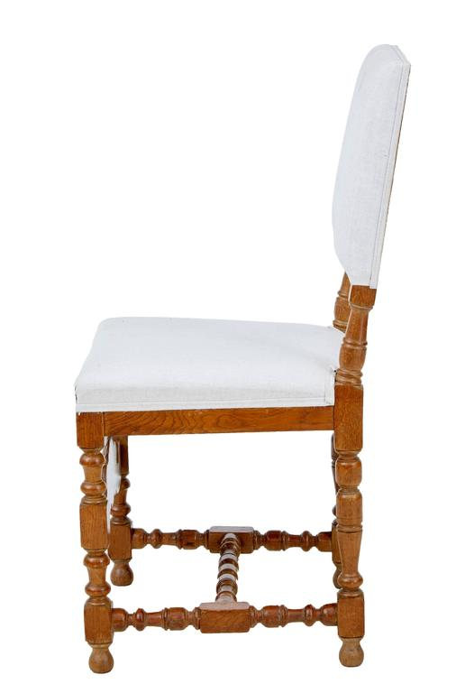Baroque Set of Ten Early 20th Century Carved Oak Dining Chairs For Sale