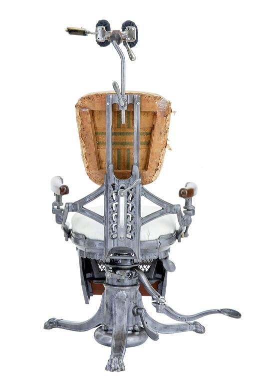 North American 19th Century American Decorative Cast Iron Dentist Chair For Sale