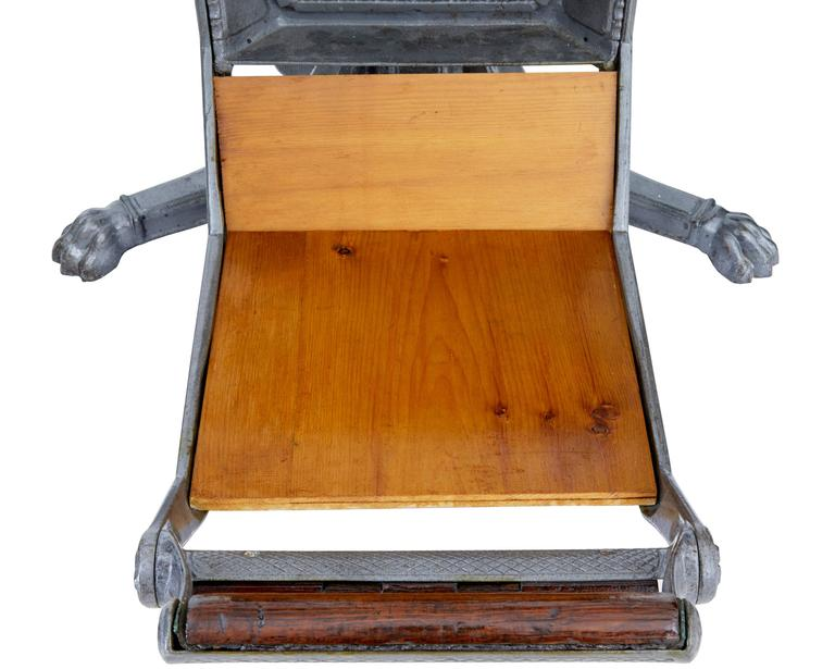 19th Century American Decorative Cast Iron Dentist Chair For Sale 2